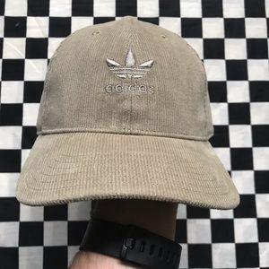 Cream corduroy trefoil hat